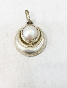 Natural Moti Chandra/Pearl Moon Silver Locket for Child Protection